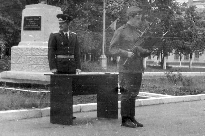 Военные сборы в городе м в июле 1982